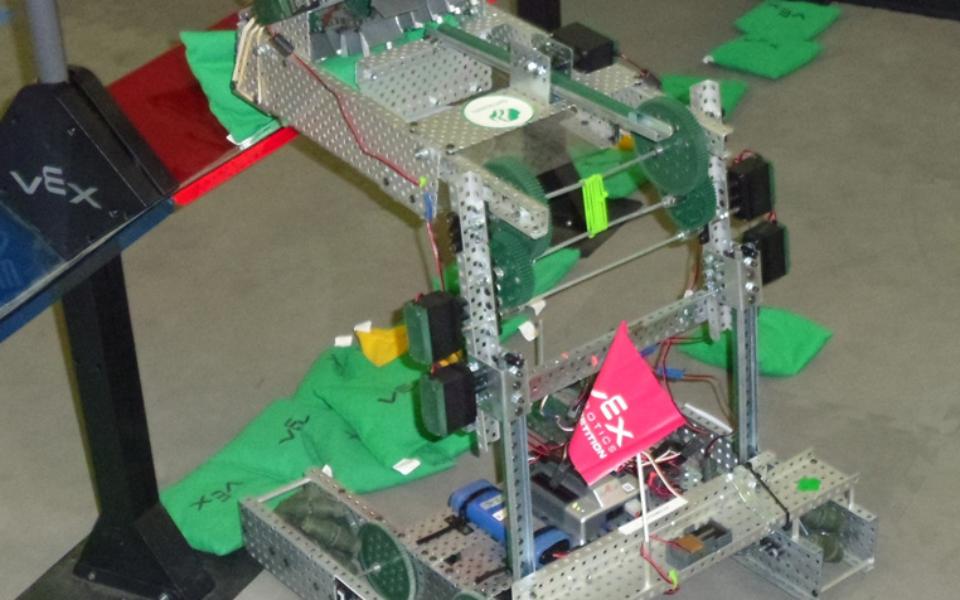Sack Attack robot